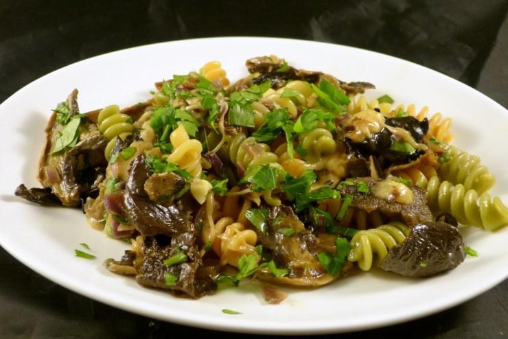 pasta-mit-mozzarella-in-sojasauce1