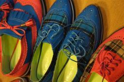Hmmm interesting shoes #3