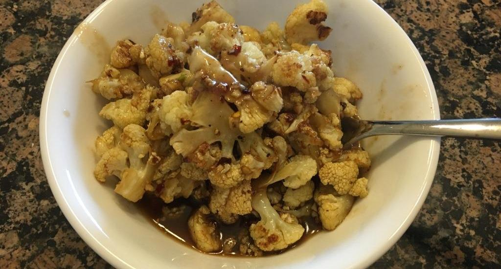 SPICY HONEY-GARLIC ROASTED CAULIFLOWER