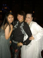 Maggie Loo with Kee Hua Chee, Celebrity journalist, and Grace Lim, daughter of Maggie Loo