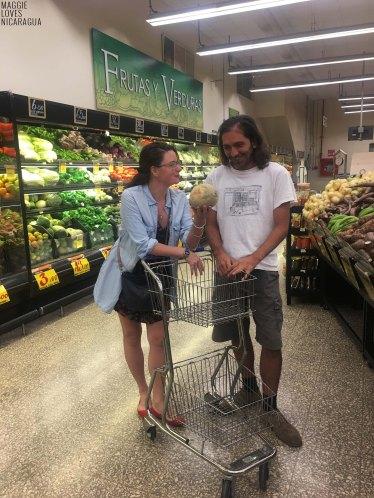 Samstag Nacht Shopping, ich treffe auf Fran und Marianka