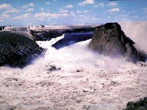 Teton Dam failure