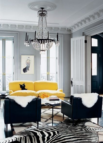 Fashion for Your Home – Black and White with a Pop of Color