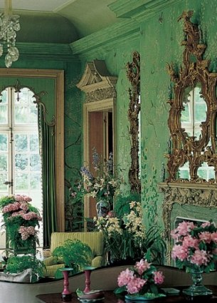 he Green Room at Winfield House Designed by William Haines
