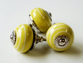 Yellow Knobs