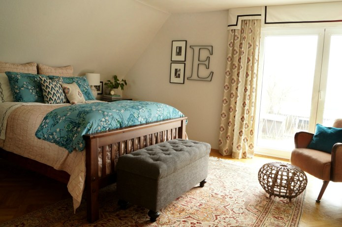 Master Bedroom in Aqua and Blush