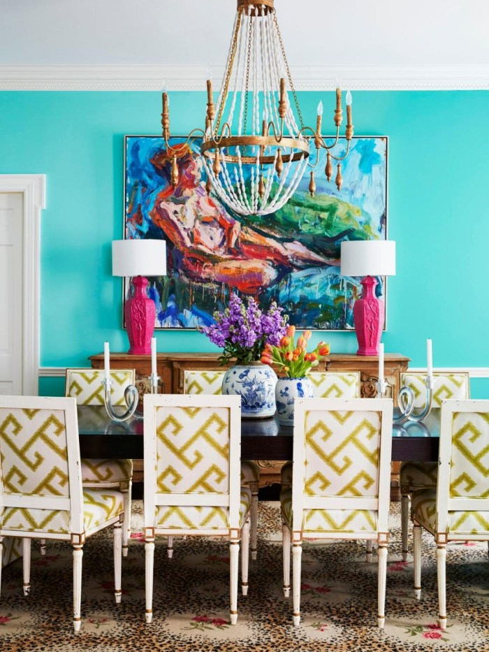 RX-HGMAG038_Color-Tricks-085-dining-room.jpg.rend.hgtvcom.966.1288