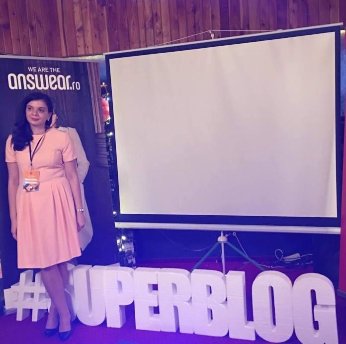 Interviu de 10 cu bloggerița Diana Elena Gole