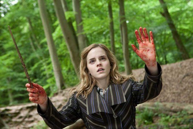 Hermione se niega a usar mascarilla ya que con el encantamiento Protego Totalum va más segura