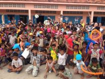 カンボジアボランティア公演