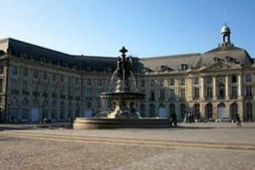 La Bourse _ Place de Place de la Bourse _ Bordeaux _Julien Maury _ Flickr_files