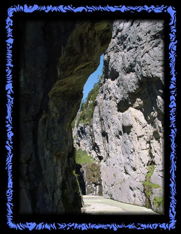Cliffs in the Aare Gorge