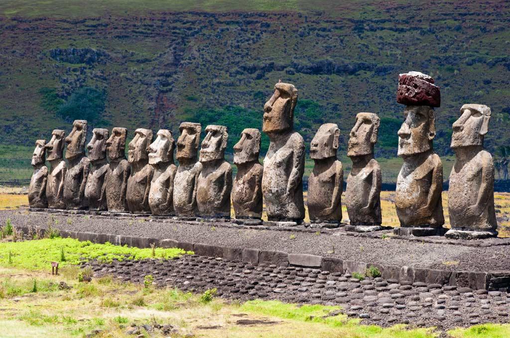 Moais Figuren auf Rapa Nui - Südostpazifik