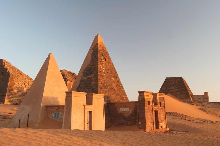 Pyramiden von Meroe - Stadt der Toten
