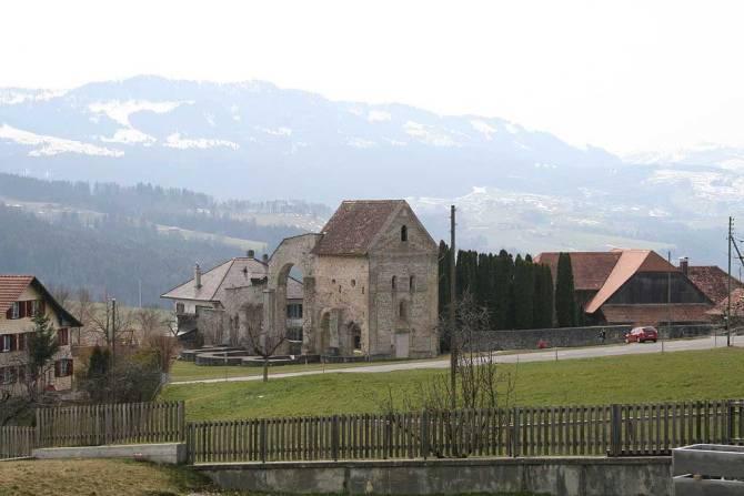 Klosterruine Rüeggisberg im Gantrischgebiet