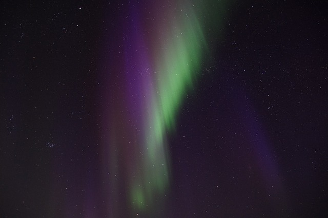 northern-lights-225449_640