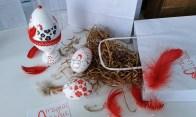 Gotowa wydmuszka oryginalnego strusiego jaja - w komplecie podstawka