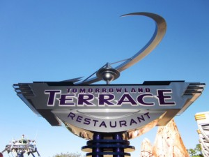 tomorrowland_terrace1