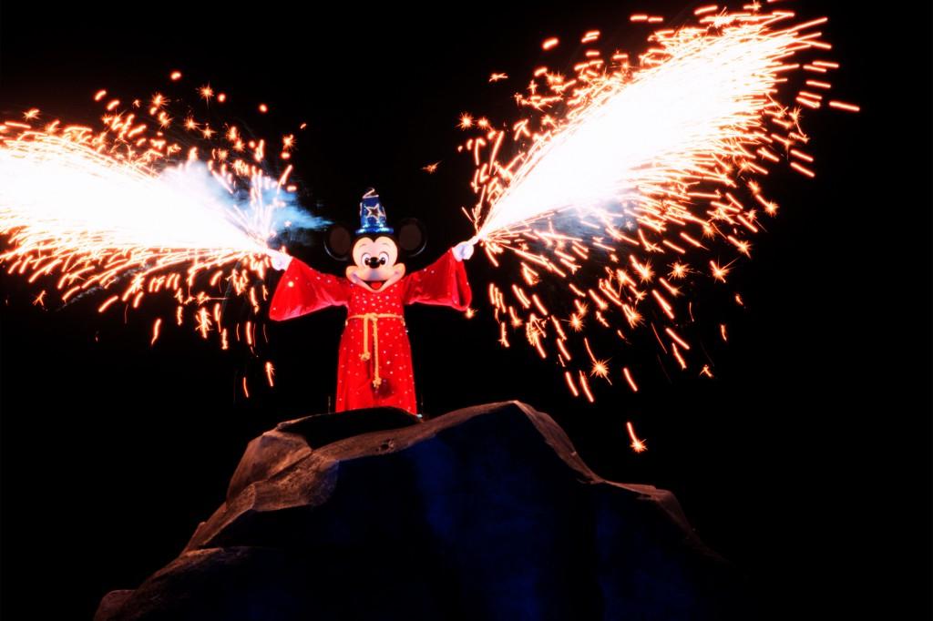 Fantasmic - Photo by David Roark / Disney