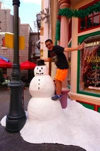 Snowman at Hollywood Studios