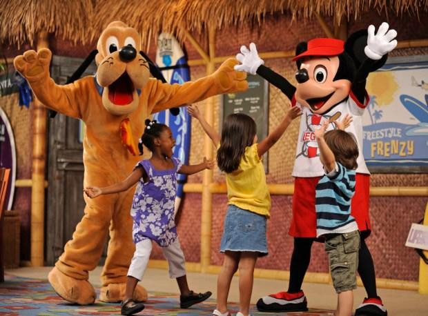 SurfÕs Up! Breakfast with Mickey & Friends, DisneyÕs PCH Grill