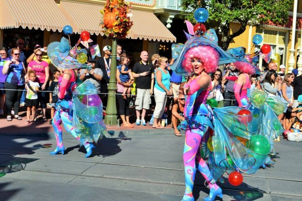 Festival of Fantasy, Bubble dancers