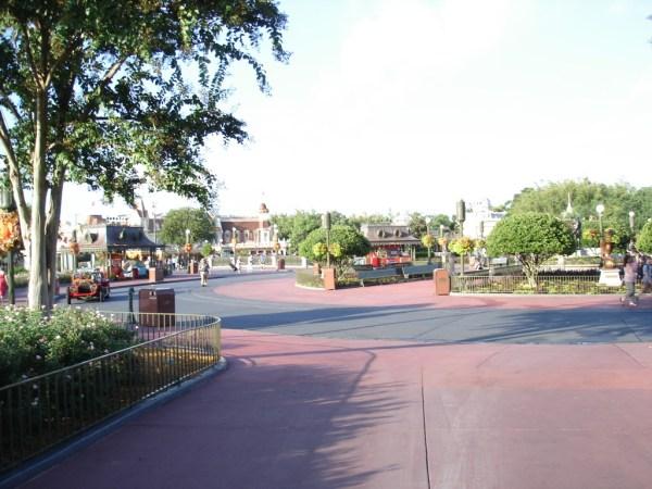 A virtually empty Magic Kingdom hub