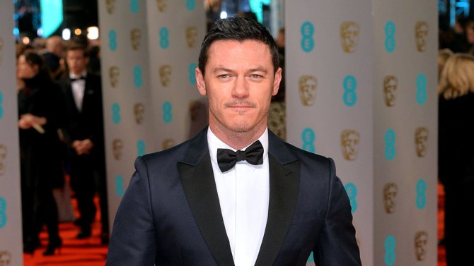 Luke Evans to reportedly play Gaston