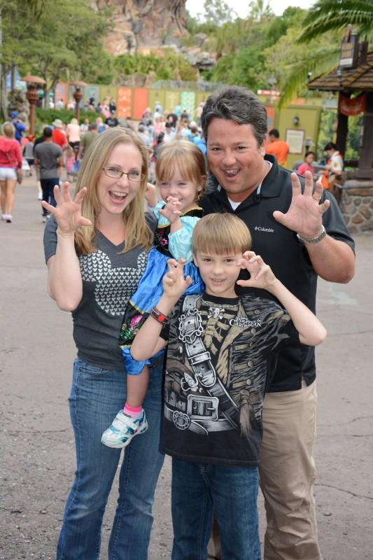 Animal Kingdom Family pic