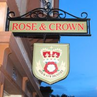 Rose and Crown in Epcot's World Showcase