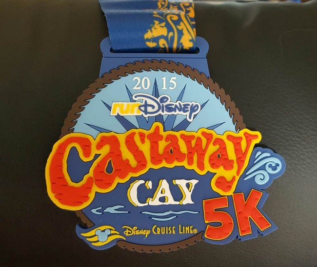 A picture of the race medal for the 2015 Castaway Cay 5K