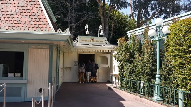 Disneyland Resort Kennel Club located to the right of the stroller rentals. (Renee Virata)