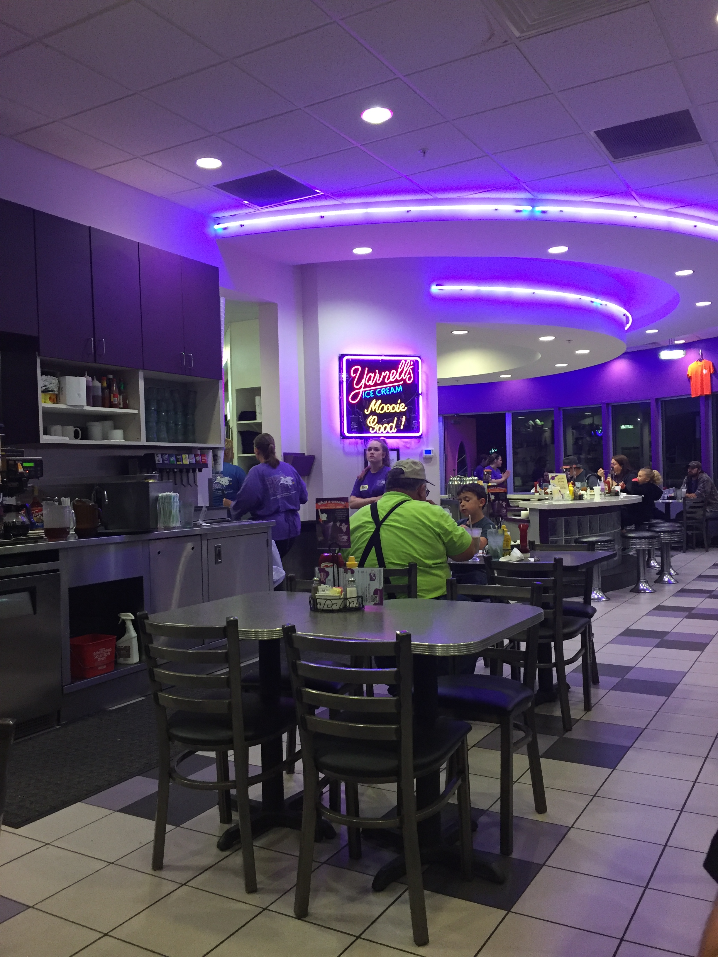 the purple cow restaurant - holy cow! it's a wow! - magical