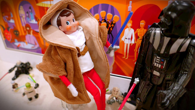 Disney-obsessed-elf-on-the-shelf-star-wars-land