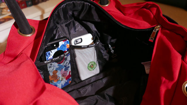 Smartphone pockets in the CoolBag
