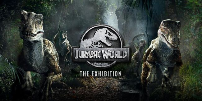 Kids will love the Jurassic World exhibit at the Chicago Field Museum.