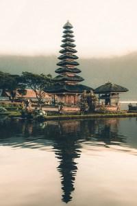 background image mobile for spiritual retreat bali