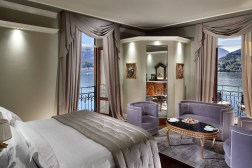 6 - Lake View Deluxe Room