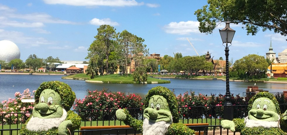 Photo of Seven Dwarfs topiary at 2018 Epcot International Flower & Garden Festival