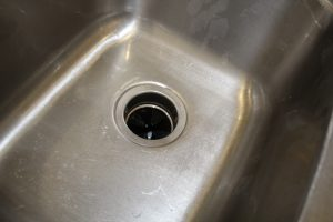 magical mama blog how to clean your stainless steel sink metal silver dirty filthy stained rusty clean