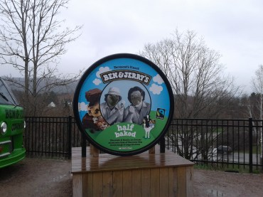 Ben & Jerry's_face holes