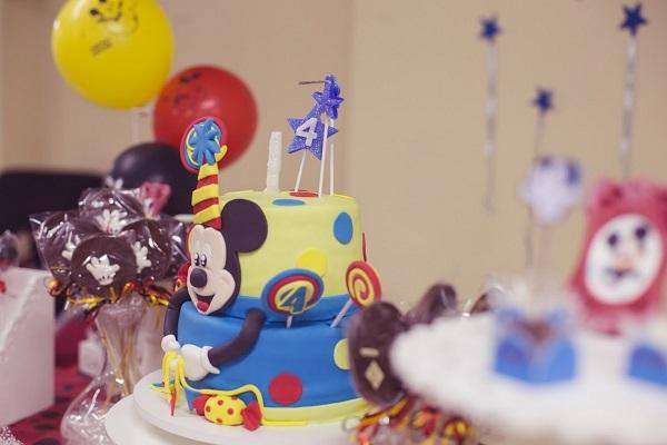 Bolo personalizado Mickey Mouse