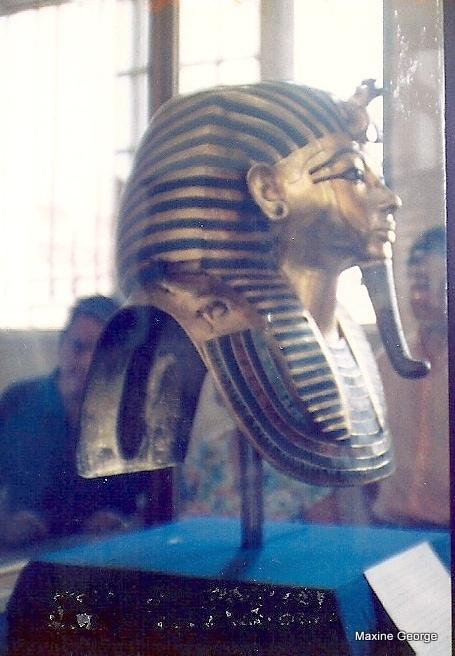 Solid gold mask of Tutankhamen