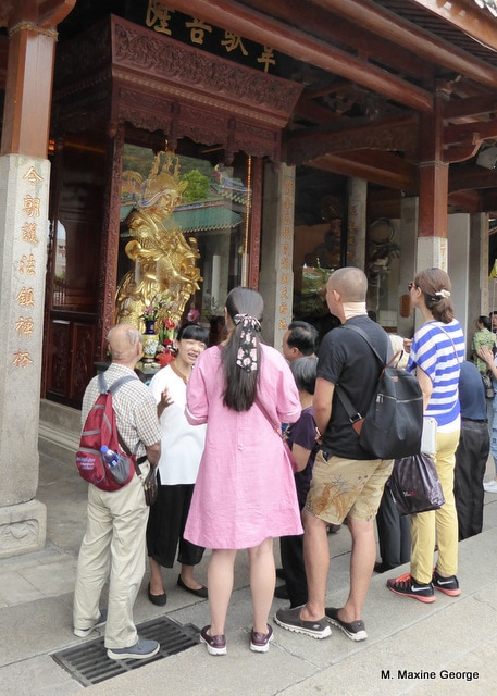golden statue,  hall of heavenly kings, xiamen china