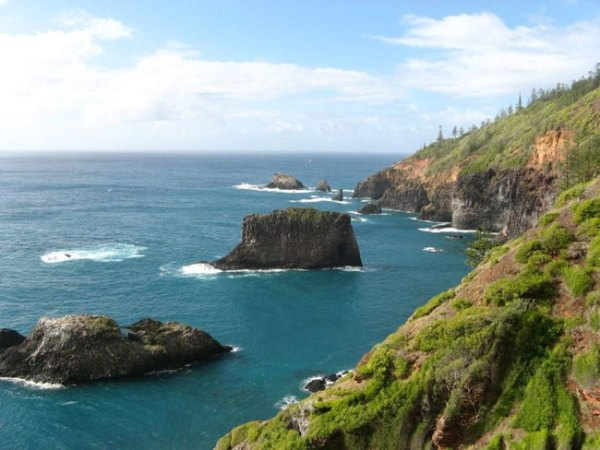 View from Captain Cook Lookout, Norfolk Island. Photo courtesy of Barry and Heather Minton