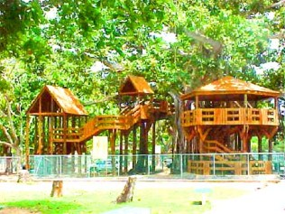 Parque Colón, Aguadilla