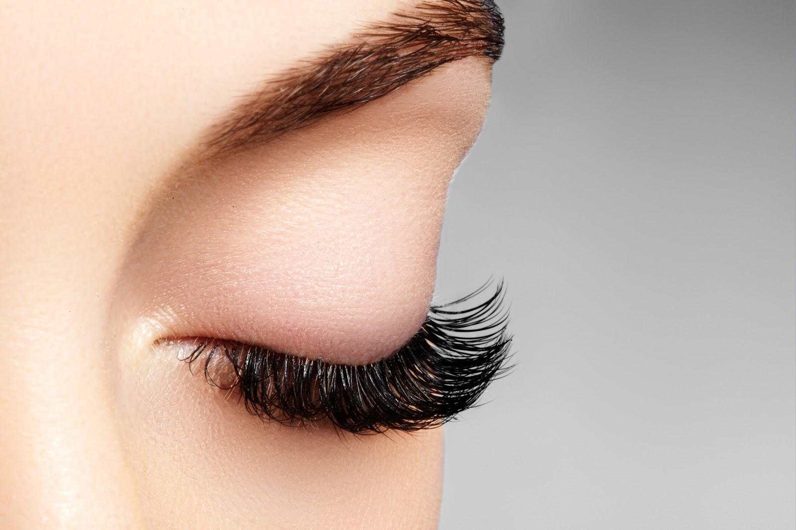 magic laser - how to apply false eyelashes