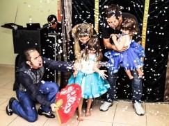 magico-marcelo-kruschessky-galeria-aniversario-infantil-neve-1