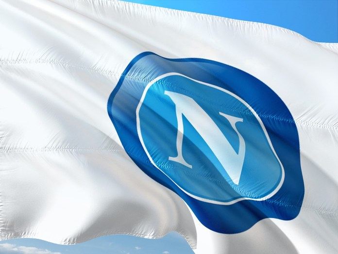 magiconapoli-napoli-calcio-calciomercato-bandiera