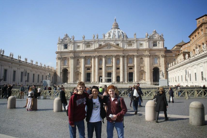 SJ pigrims in Rome. Photo: Brandon Bain